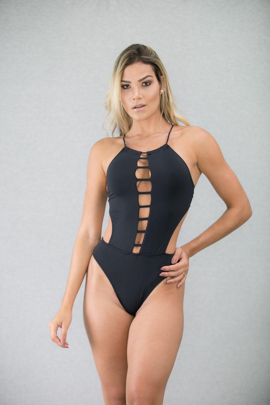 8a0456b75674 Body-Maiô Tiras Preto Sem Bojo | Canela Carioca